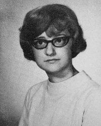 Historical headshot for JoAnne Yazzie, '70